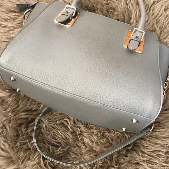Ladies handbag .